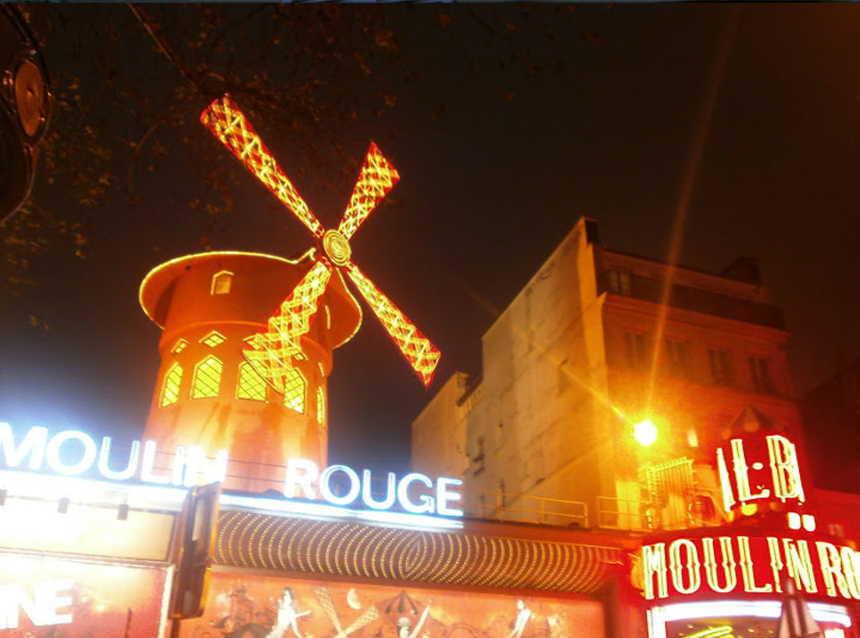 Viaggio in Francia - Parigi Moulin Rouge
